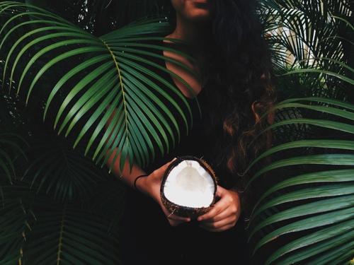 Huile de coco-Beauté-La revue de Kathleen-Blog-Lifestyle-voyage-Paris