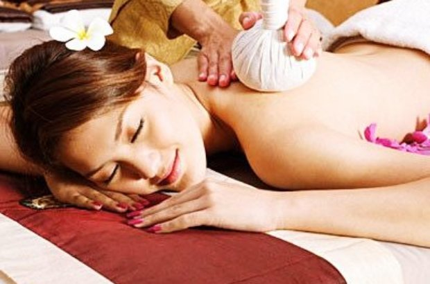 Massage thaïlandais : judo & yoga time