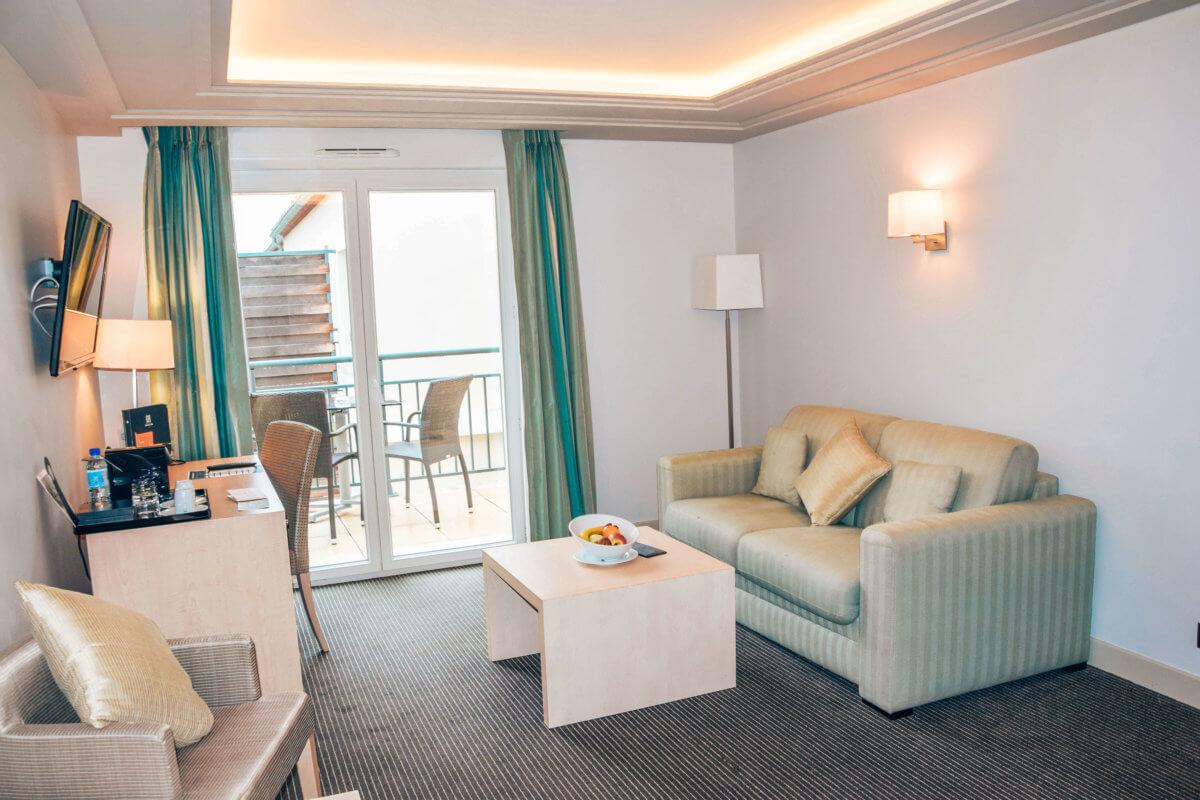 Hotel Fontcaude-Juvignac-Occitanie-La revue de Kathleen-Blog-Lifestyle-voyage-Paris